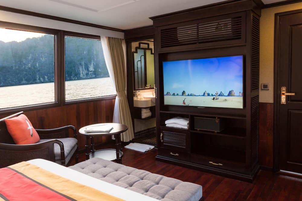 Lazalee Private Cruise - 2 Days 1 Night - Вітальня