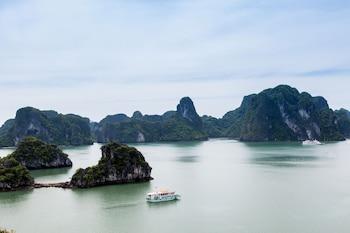 Obrázek hotelu L'Azalée Cruises ve městě Hạ Long