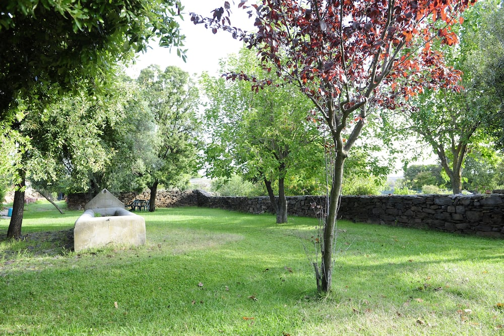 Bungalow (3pax) - Pemandangan Taman