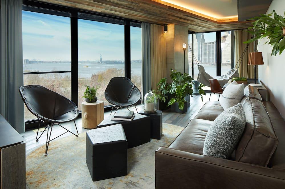 Suite, 1 Bedroom (Skyline) - Living Area