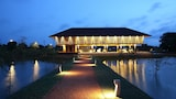 Choose This Luxury Hotel in Sigiriya