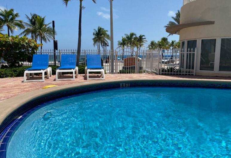 Silver Seas Beach Resort, Fort Lauderdale, Alberca al aire libre