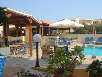 Picture of Dias Hotel in Chania