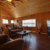 קוטג', 2 חדרי שינה, נוף לאגם - סלון