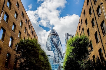 Picture of Devonshire Club & Hotel in London