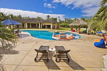Picture of Rarotonga's Fishing Lodge - GT's in Rarotonga