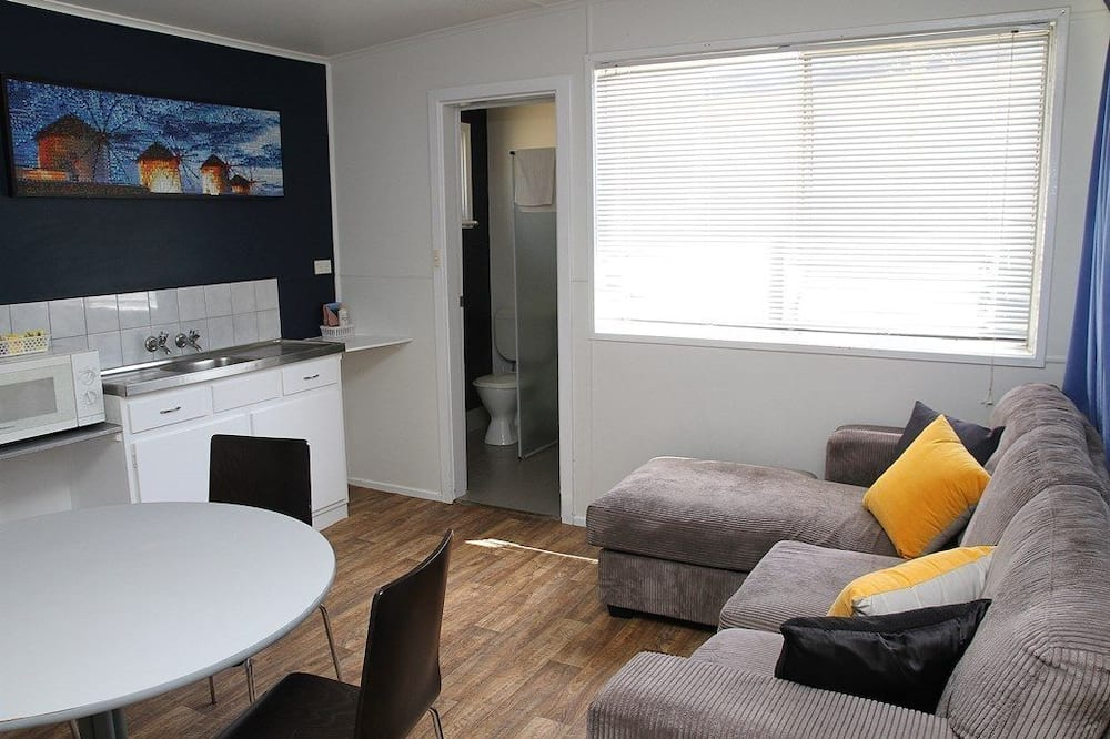 Familieværelse med 2 enkeltsenge (Ensuite) - Opholdsområde