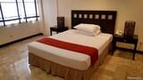 Hotel , Makati