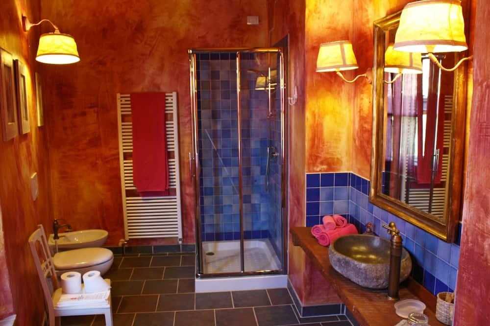 Superior Double Room (Peonie) - Bathroom