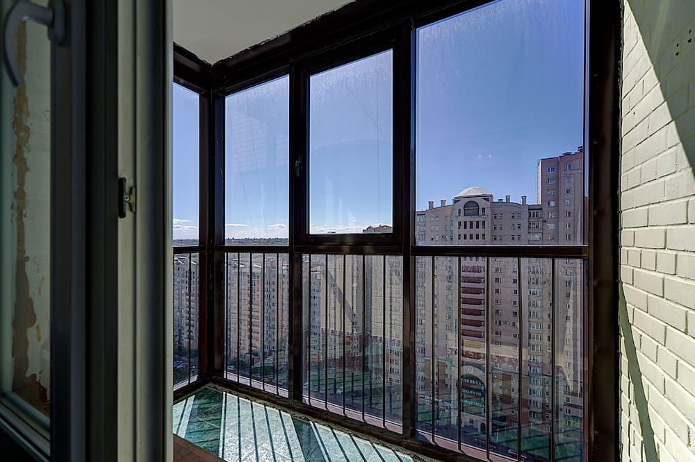 Pilsētklases dzīvokļnumurs, viena guļamistaba (Kolomyazhsky 15/1) - Balkons