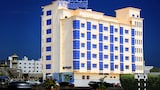 Choose This 3 Star Hotel In Seeb