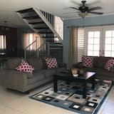 Executive Villa, 2 Bedrooms, Garden View, Garden Area - Living Area