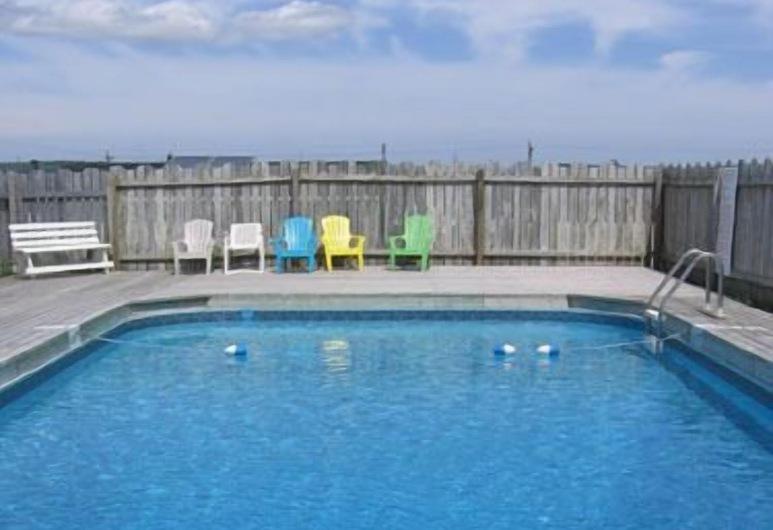 Joyce's Motel & Cottages, Сент-Петерс, Відкритий басейн
