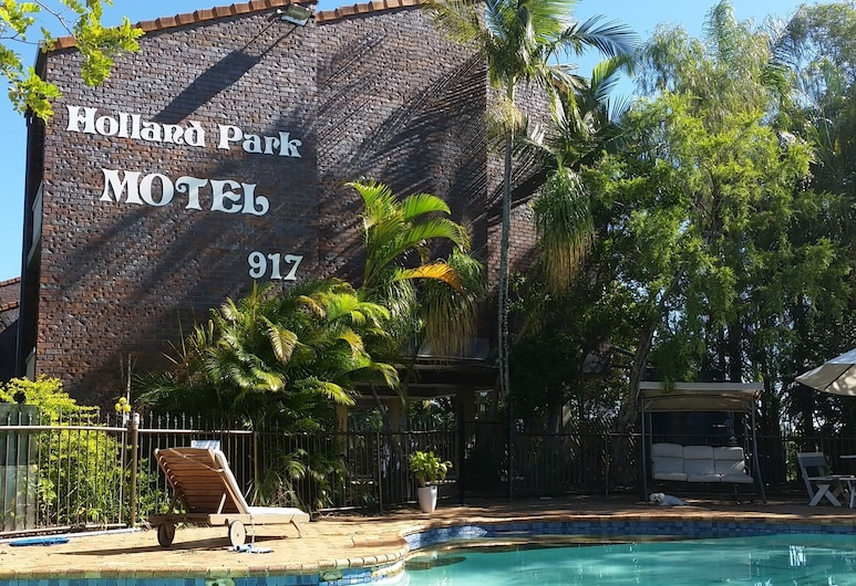 Holland Park Motel, Holland Park West