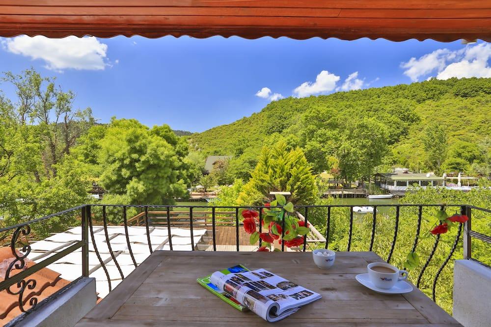 Deluxe Double Room, Balcony, River View - Balcony