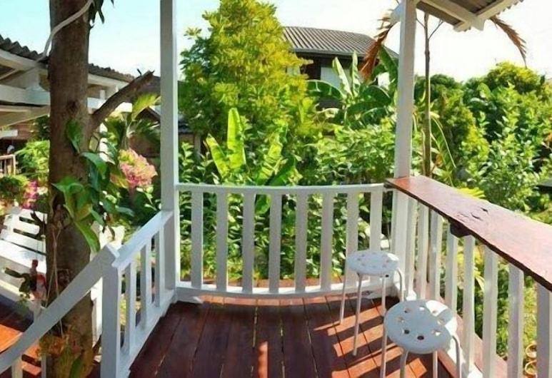 Baan Chompoo Homestay, Amphawa, Deluxe with Balcony, Δωμάτιο επισκεπτών