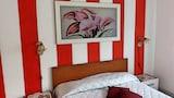 Choose This Cheap Hotel in Isola di Capo Rizzuto