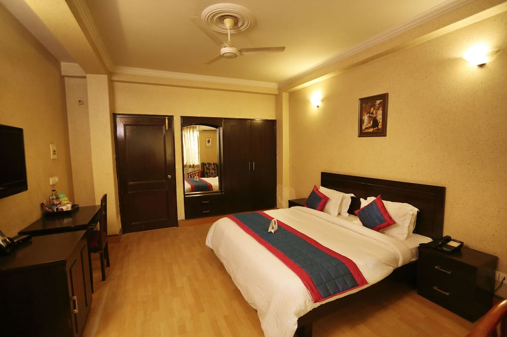 Deluxe Double Room, 1 Double Bed - Guest Room
