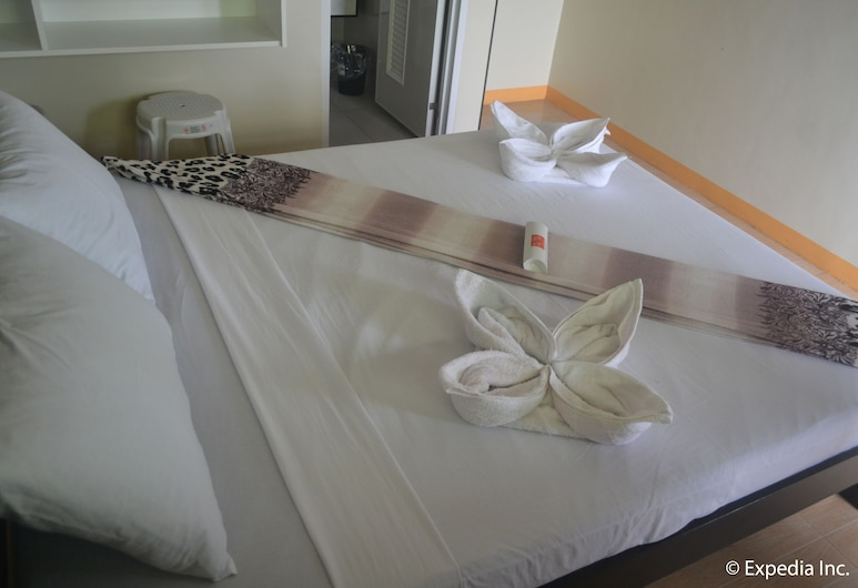 Hotel Aroha, Tagaytay, Kamar Deluks, Kamar Tamu