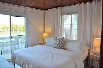 Picture of Gulf Shores Beach Resort in Nokomis