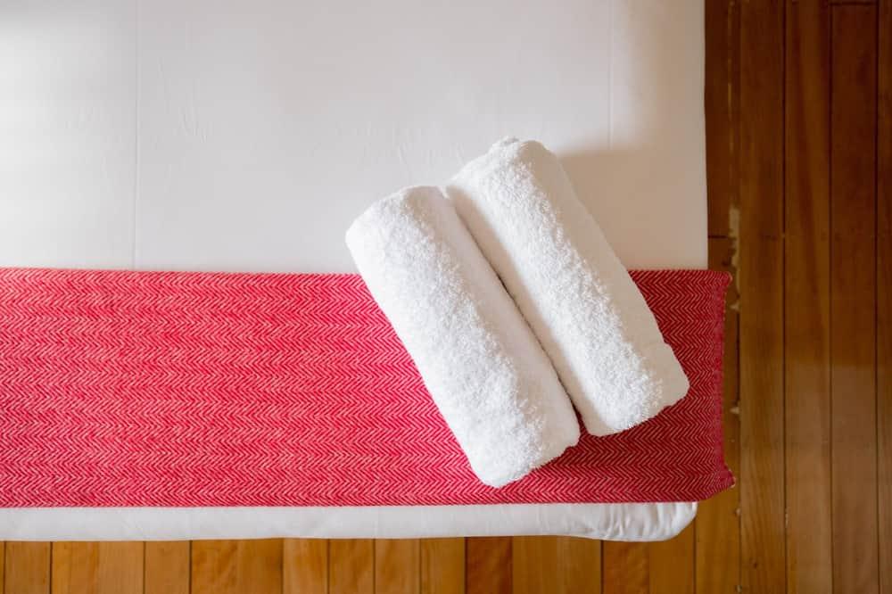 Doppia Standard, 1 letto queen - Dotazioni del bagno