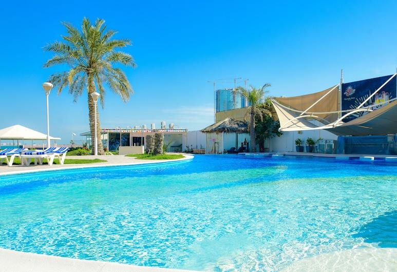 C 酒店, 麥納麥, 室外泳池
