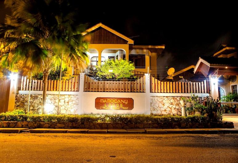 Mahogany Lodge & Annex, Accra