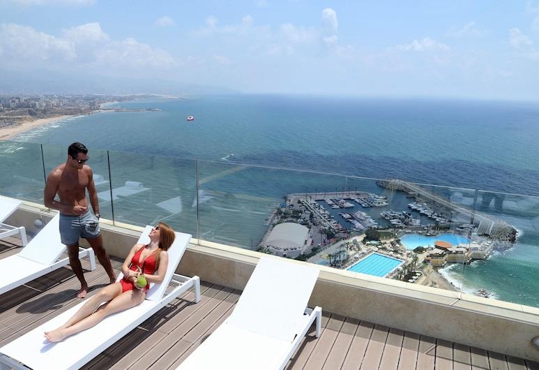 Lancaster Plaza Beirut, Beirut, Pool auf dem Dach