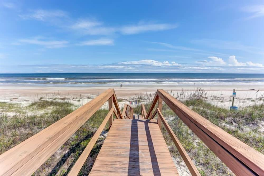 Townhome, 2 Bedrooms - Beach