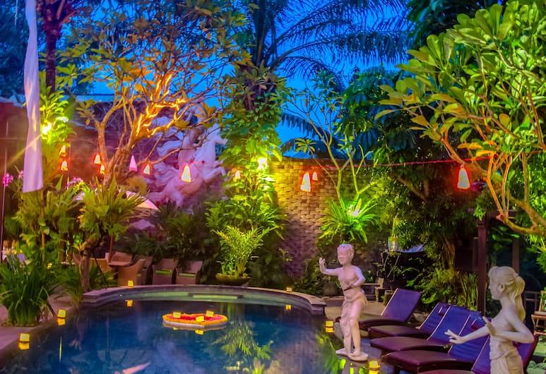 The Bali Dream Villa Canggu, Чангу, Открытый бассейн