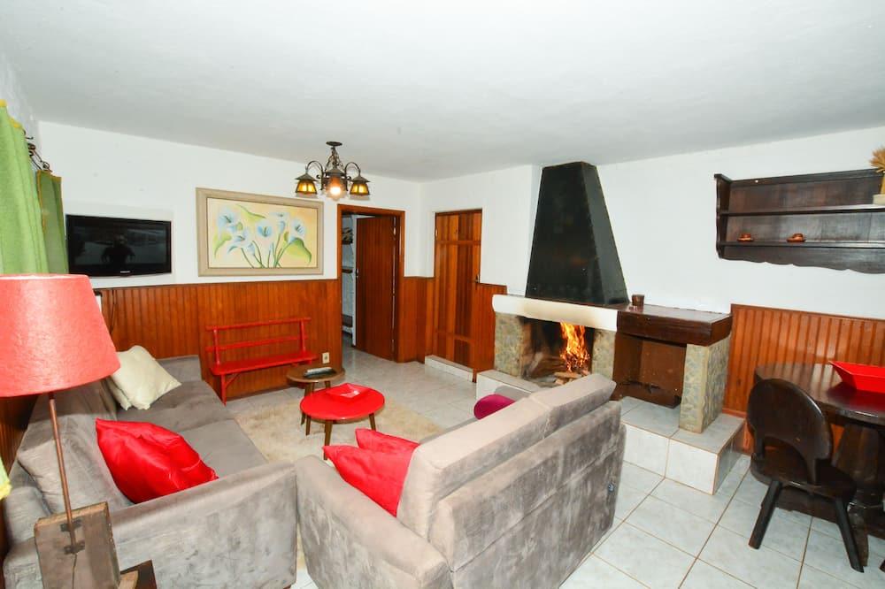 Chata, viacero postelí (Pedra Partida) - Obývacie priestory