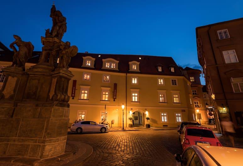 Old Royal Post Hotel, Prague, Pintu Masuk Hotel
