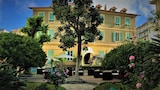 Book this Parking available Hotel in Sanremo