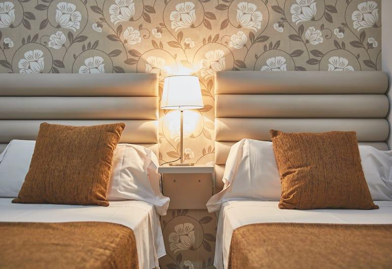 Alcam Classic, Barcelona, Apartment, 3 Bedrooms (8 people (C/ Calabria nº 87)), Bilik