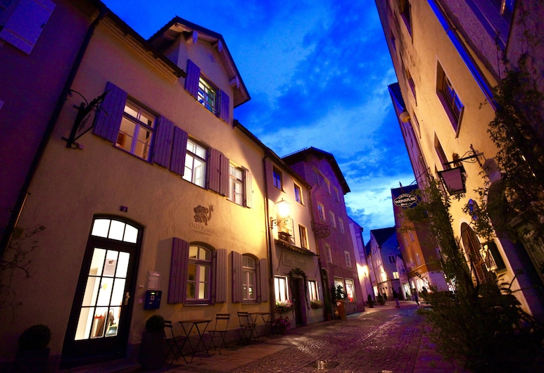 Old Kings Fuessen Design Hostel, Fuessen, Hotel Front – Evening/Night
