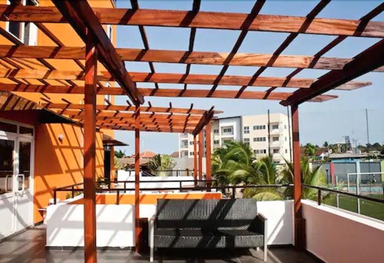 M Suites Hotel, Accra, Terasa