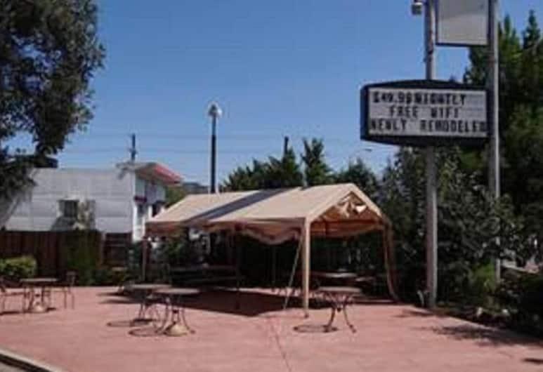 Springs Inn, Colorado Springs