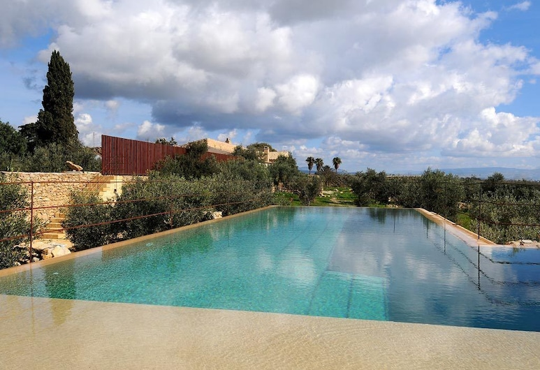 Baglio Villa Sicilia, Castelvetrano, Kültéri medence