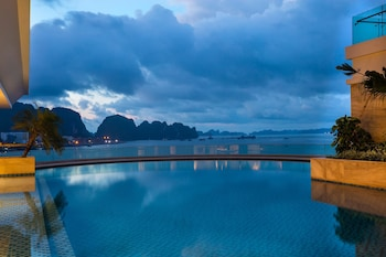 Picture of Wyndham Legend Halong Hotel in Ha Long