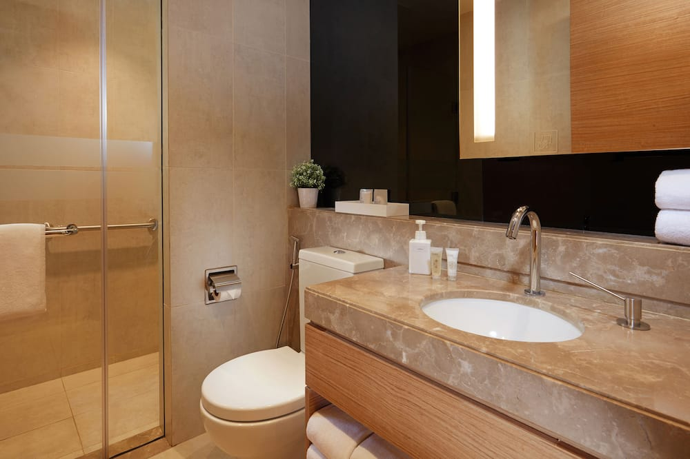 Double Plus Room 12 Hours (9 PM to 9 AM) - Bathroom