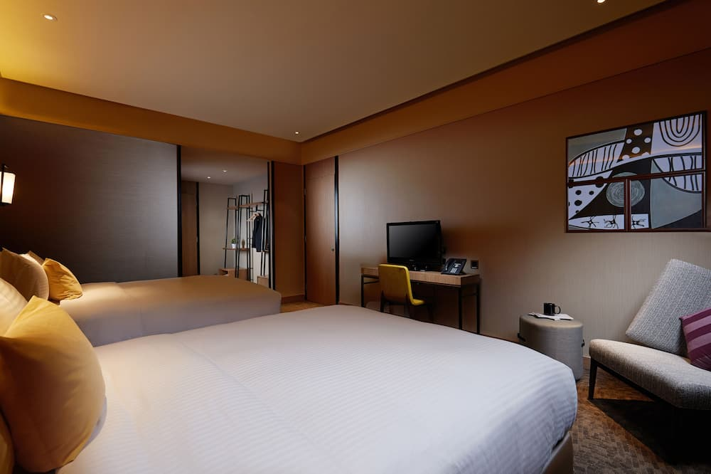 Double Square Room 12 Hours (9 PM to 9 AM) - Guest Room