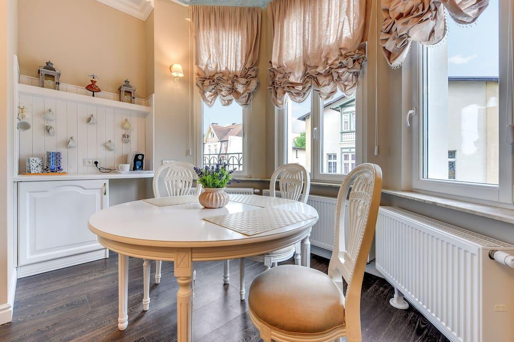 Apartamentai, 3 miegamieji (max. 8 people) - Vakarienės kambaryje