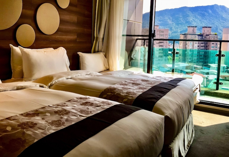 Green World Hotel Songshan, Taipei, Panorama driepersoonskamer, Balkon, Kamer