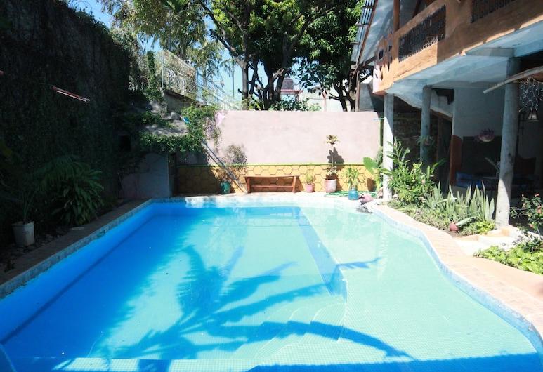 Hotel La Tora, Managua, Outdoor Pool