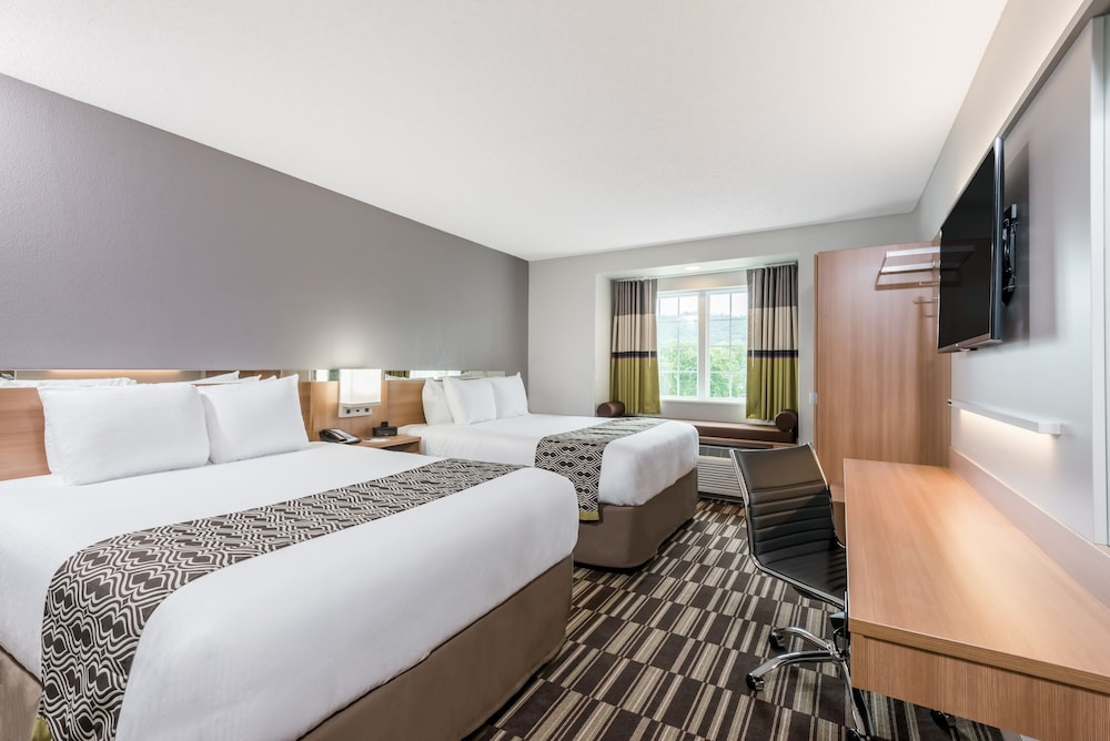 Microtel Inn Suites By Wyndham New Martinsville