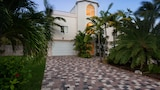 Picture of 15 Coco Plum Beach access by RedAwning in Marathon