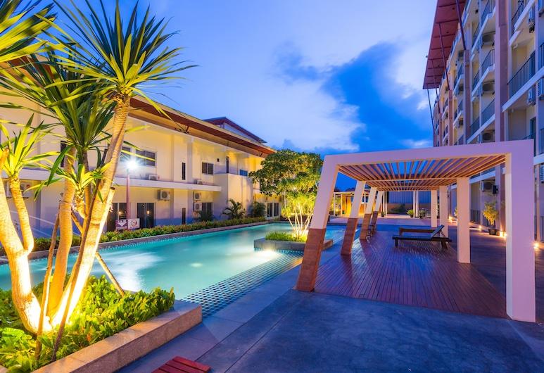 Kanokan Hotel, Kanchanaburi, Lauko baseinas