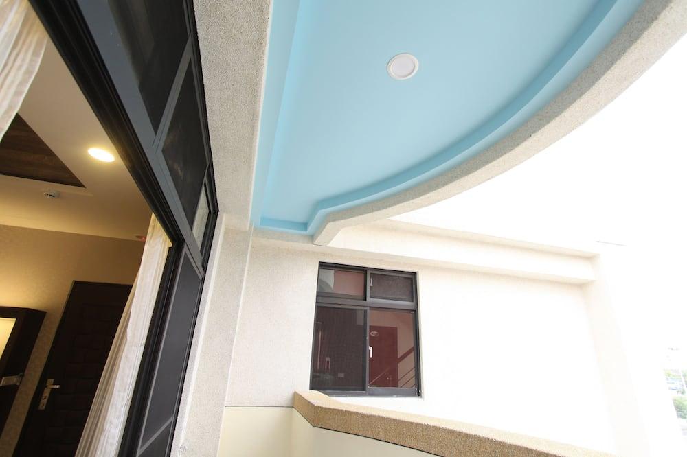Basic Double Room, Balcony - Balcony
