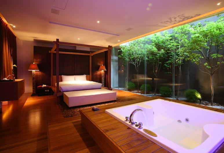 Moonlight Motel, Taičungas, Liukso klasės numeris (Check in after 7PM), Vaizdas iš svečių kambario