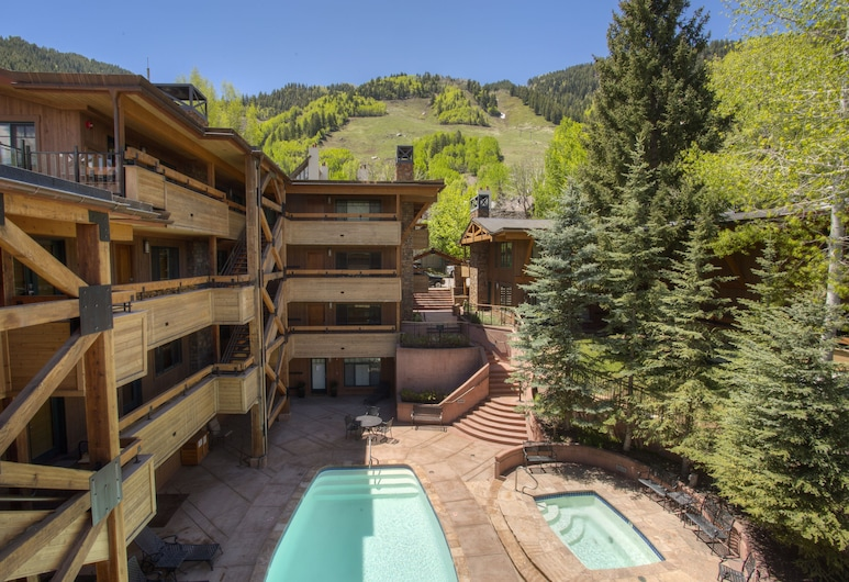 Fasching Haus Condominiums by Frias, Aspen, Pool